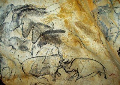 panneau-chevaux-grotte-ornee-chauvet-pont-arc-ardeche