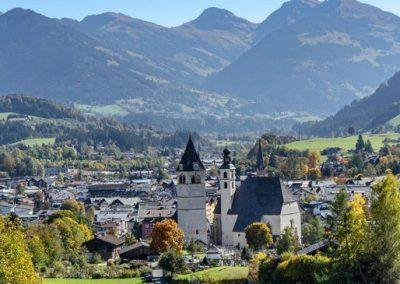 Kitzbühel-Stadt-Herbst-©-Kitzbühel-Tourismus_5-1920x700